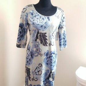 Eva Mendes floral shimmering flocked stretch dress